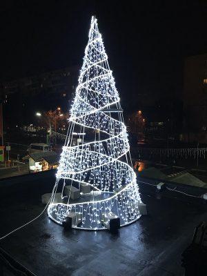 Световая елка конус